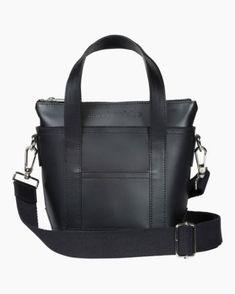 Laukut –Tervetuloa ostoksille - Marimekko Marimekko Bag, You Bag, Accessories Shop, Italian Leather, Leather Bag, Messenger Bag, Shopping Bag, Shoulder Strap, Satchel