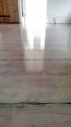 nostalgiecat: How to: Whitewash wooden flooring