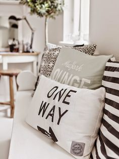 50 Cute Decorative Pillows Designs – Page 4