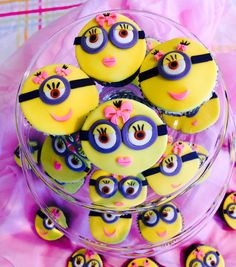 Minions cupcake toppers, girl minion toppers, fondant minion toppers, minion birthday party toppers