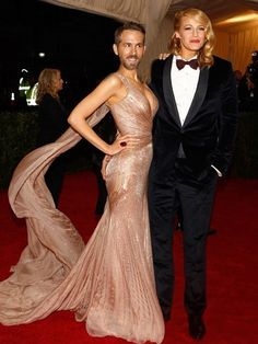Face Swaps Celebrity Couples at the Met Gala 2014 Celebrity Faces, Celebrity Couples, Funny Celebrity Pics, Funny Face Swap, Funny Faces Pictures, Face Swaps, Hot Couples, New York, Blake Lively