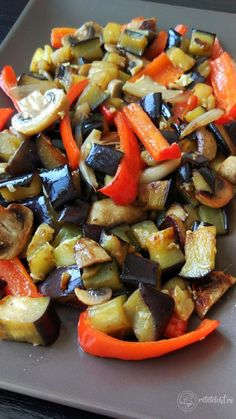 Vegetable Recipes, Vegetarian Recipes, Cooking Recipes, Healthy Recipes, Tumblr Food, Work Meals, Romanian Food, Food Cravings, Yummy Drinks