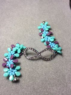 Like how elelment is added to middle. Pip bead bracelet by PocketMonkeyDesigns on Etsy
