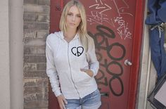 The stylish Peace & Love logo tells of what is truly important in life. The elegance of the design makes the message of peace and love all the more clear. Love Logo, Love Clothing, Love Signs, Hoodies, Sweatshirts, Zip Hoodie, Peace And Love, Product Launch, Graphic Sweatshirt