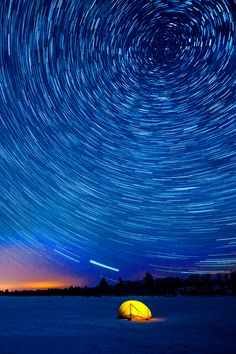 WHERE TO TAKE INSTA-WORTHY WINTER STARGAZING SHOTS Camping Parties, Go Camping, Camping Hacks, Camping Signs, Camping Packing, Camping Outfits, Camping Activities, Camping Meals, Manitoulin Island