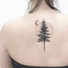 My palm tree tattoo made in Miami ! Leg Tattoos, Body Art Tattoos, Girl Tattoos, Small Tattoos, Sleeve Tattoos, Tattoos For Women, Hamsa Tattoo, Orca Tattoo, Unalome Tattoo