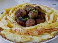Κεφτεδάκια με πατάτες στον φούρνο σαν τηγανητά !! ~ ΜΑΓΕΙΡΙΚΗ ΚΑΙ ΣΥΝΤΑΓΕΣ 2 Greek Recipes, Sausage, Bacon, Food And Drink, Meals, Dinner, Cooking, Breakfast, Dining