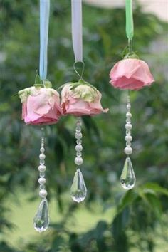 Rosen und Glasperlen/ hang from chanderlier with pearls and silk roses chic decor diy pearls Silk Roses, Silk Flowers, Paper Flowers, Hanging Flowers, Flowers Garden, Pink Garden, Fabric Flowers, Shabby Chic Crafts, Shabby Chic Decor