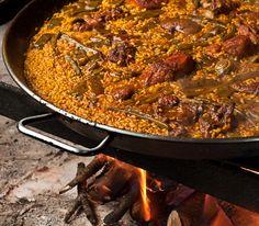 Nuestra Paella Valenciana, siempre hecha a leña. #gastronomía #Valencia