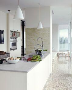 A Family Kitchen Alexis Stewart apartment. #laylagrayce #celebrityhome
