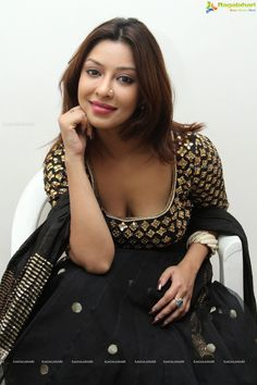 Exclusive Photos: Payal Ghosh at Architha Narayanam Designer Studio Launch - Image 50