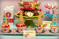 circus-dessert-table-www.spaceshipsandlaserbeams.com