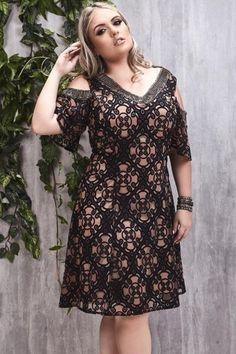 vestido plus size alto Plus Size Cocktail Dresses, Plus Size Dresses, Plus Size Outfits, Short Dresses, Curvy Women Fashion, Plus Size Fashion, Vestidos Plus Size, Plus Size Prom, Modelos Plus Size