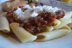 siriously delicious: Slow Cooker Short Rib Ragu