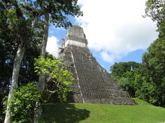 Tikal, Guatemala Maya Civilization, Tikal, Archaeological Site, Amazing Places, The Good Place, National Parks, To Go, Culture, Urban