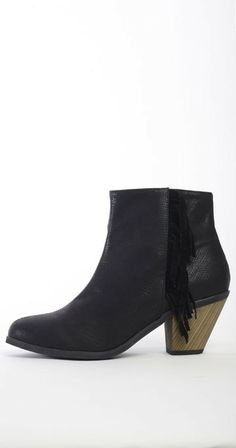 Cri de Coeur - Native Fringe Bootie - Black - was $140