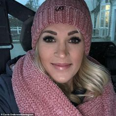 Carrie Underwood reveals her battle with pregnancy insomnia Carrie Underwood Albums, Carrie Underwood American Idol, Carrie Underwood News, Carrie Underwood Family, Pregnancy Insomnia, Celebrity Singers, Calia By Carrie, Carrie Fisher, Country Girls
