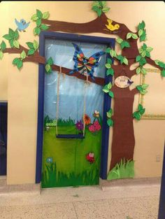 School doors decorating ideas perfect spring classroom door decorations with best decorative images on decoration for . Door Displays, Classroom Displays, Classroom Themes, Forest Theme Classroom, Decoration Creche, Board Decoration, School Door Decorations, Spring Decorations, Class Door