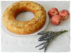 Gâteau renversé aux pêches & aux amandes