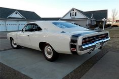 1969 Dodge Charger 500 Hemi White Rear American muscle cars are actually Mopar, Dodge Charger 500, Dodge Chargers, Dodge Hemi, Automobile, Dodge Chrysler, Chrysler Usa, Best Classic Cars, Classic Auto
