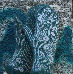 Ravelry: Project Gallery for Fishies pattern by Natalia Moreva
