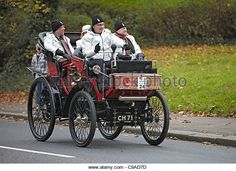 1898 Peugeot in the 2011 London Brighton Veteran car run - Stock Image