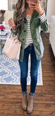 #winter #outfits  blue skinny jeans