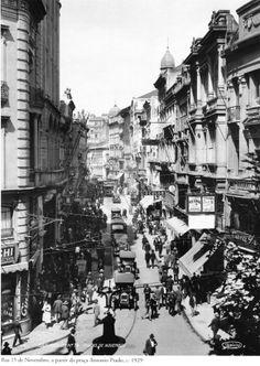 1929 - Rua 15 de Novembro, a partir da praça Antonio Prado. Foto de Theodor Preising. Acervo Instituto Moreira Salles.