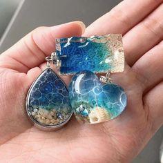 Handmade Wire Jewelry, Resin Jewelry, Charm Jewelry, Jewelry Crafts, Diy Resin Projects, Diy Resin Art, Diy Resin Crafts, Resin Art Supplies, Resin Uses