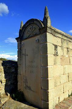 Panteon cementiri de Solanelles, Prats de Rei.