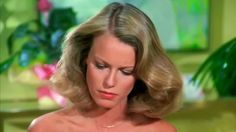 Shelley Hack on Charlie's Angels 76-81 - http://ift.tt/2inuHMK