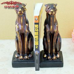 Find More Figurines & Miniatures Information about 2016 Top Fashion Home Decoration Accessories Continental Retro Leopard Resin Craft Ornaments Gift Manufacturers Selling Book ,High Quality crafts fabrics,China craft hook Suppliers, Cheap craft tables for kids from Wooden box / crafts Store on Aliexpress.com