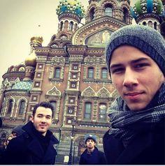 Jonas Brothers.  Russia.