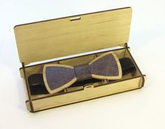 Wooden bow tie made of natural wood & leather in a от DecoLazer