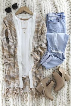 Amber colored mixed with cream makes this warm and cozy sweater one to wear on repeat. Open front cardigan with fringe detail. Fits true to size Polyester Mode Outfits, Casual Outfits, Fashion Outfits, Girly Outfits, Fall Winter Outfits, Autumn Winter Fashion, Stitch Fix Outfits, Winter Mode, Mode Inspiration