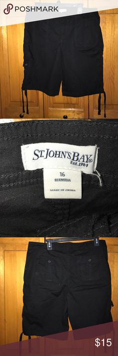 St. John's Bay Bermuda Short These shorts are very thin, and lightweight which makes them great for hot summer days!  They are a true black color and have plenty of pockets to keep whatever you might need safe and secure.  Great pair of shorts!      Feel free to make me an offer, please, no lowballs. St. John's Bay Shorts Bermudas