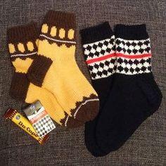 Villasukat Diy Crochet And Knitting, Knitting Socks, Knit Art, Stocking Tights, Cute Socks, Yarn Crafts, Bunt, Mittens, Knitting Patterns