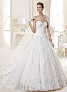 2015 new sweetheart neckline lace detailed tulle ball gown wedding dress