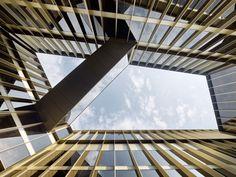 Office Winhov's W Hotel breathes life back into Amsterdam's modernist exchange building - News - Frameweb