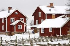 Cottage - Stuga Swedish Cottage, Red Cottage, Red Houses, Victorian Farmhouse, Wooden House, Beautiful Homes, Building A House, Architecture, House Styles