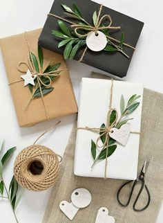 Easy Diy Gifts, Cute Gifts, Handmade Gifts, Unique Gifts, Diy Gift Wrap, How To Gift Wrap, Diy Gift Tags, Personalized Gifts, Gift Wrap Ribbon