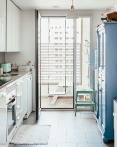 Cocina estilo escandinavo Decor, Nordic Home, Room Divider, Furniture, Modern House, Modern, Home Decor, Room