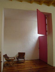home of luis barragan - photo by rene burri. Arquitectura. Interiores. Luis Barragán