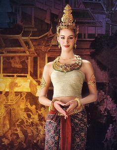 Costume of Thai Thai Traditional Dress, Traditional Fashion, Traditional Outfits, Traditional Wedding, Thai Wedding Dress, Thai Fashion, Women's Fashion, Thai Dress, Thai Style
