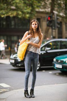 fashion-clue: Ellie Jackson, from carolinesmode, Stockholm Street Style Looks Street Style, Looks Style, Style Me, Simple Style, Stockholm Street Style, Look Girl, College Fashion, College Style, All About Fashion