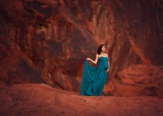 Lisa Holloway of LJHolloway Photography photographs gorgeous pregnant woman in the Valley of Fire on the red rocks wearing long teal gown Lisa Holloway, Smooth Music, Valley Of Fire, Pregnancy Signs, Pregnancy Photos, Trimesters Of Pregnancy, Maternity Photographer, Maternity Photos, Women Life