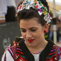 Lookin` away Folklore, Band, Accessories, Jewelry, Fashion, Moda, Sash, Jewlery, Jewerly
