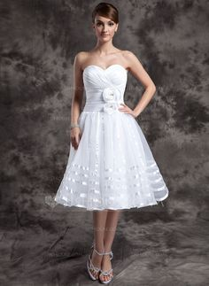 A-Line/Princess Sweetheart Knee-Length Ruffle Flower(s) Zipper Up Strapless Sleeveless Hall Reception General Plus Spring Summer White Organza Wedding Dress