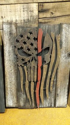 Punisher rustic tattered flag on a reclaimed wood frame www.rustridgestud… Source by Related posts: Bathroom Shower Curtain Rods with Reclaimed Wood. Welding Art Projects, Wood Shop Projects, Wooden Projects, Woodworking Projects Diy, Woodworking Classes, Woodworking Videos, Woodworking Shop, Metal Flag, Wood Flag