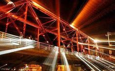 Jose Antonio Aguilar retrata el puente rojo de Tlaxcala